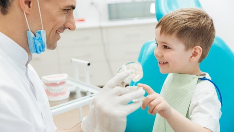 Demineralizarea si fluorizarea la copii
