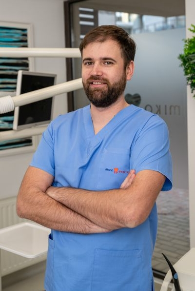 Dr. Razvan Paraschiv
